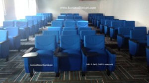 Kursi-Auditorium-Blibli1