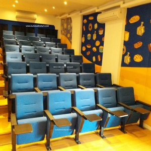 Kursi Auditorium type LL516 TB di Sari Roti Cikarang
