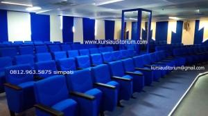 Kursi Auditorium di STT PLN Jakarta Barat