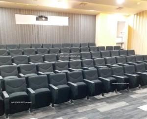 Kursi Auditorium di Divhumas Mabes Polri Jakarta Selatan