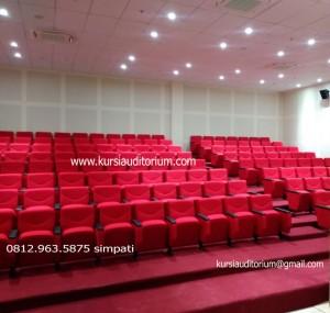 Kursi Auditorium di Fakultas MIPA Universitas Negeri Makassar (UNM)A