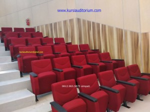 Kursi Auditorium type LL520 TB di Fasilkom UI Depok