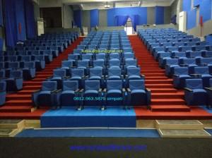 Kursi Auditorium Type LL520 TB di Fakultas Teknik UI Depok